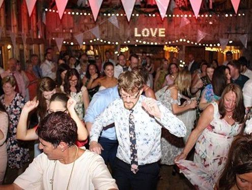 Ian Stewart wedding Dj - An engaging experience